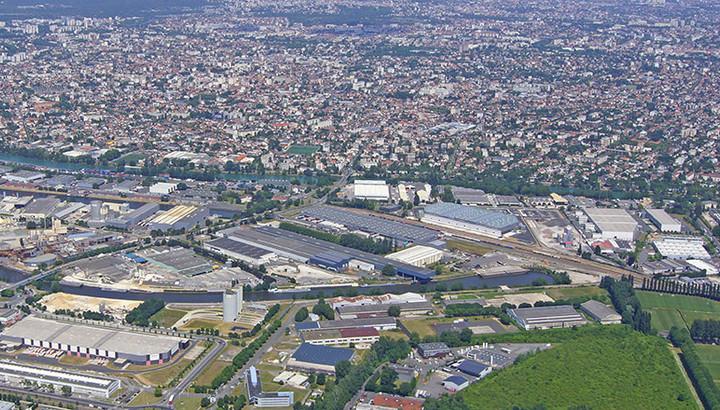 Vue aérienne du Port de Bonneuil